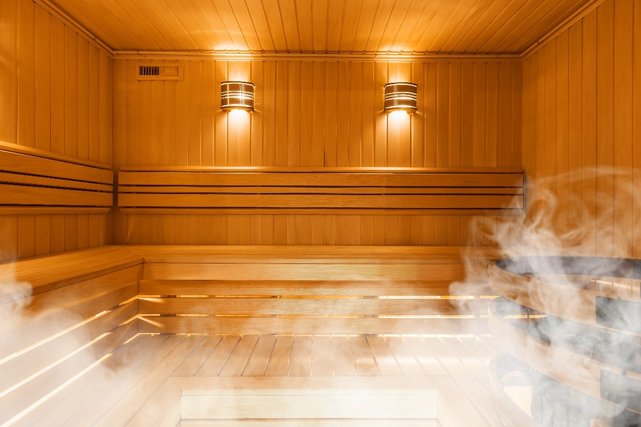 Infrared Sauna vs Traditional Sauna – Differences, Similarities, and the Benefits of Each